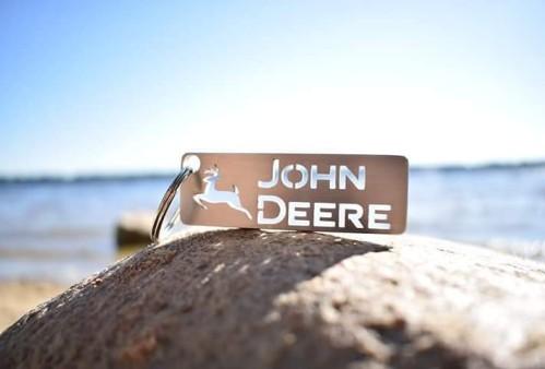 """Raktų pakabukas """"JOHN DEERE"""""""